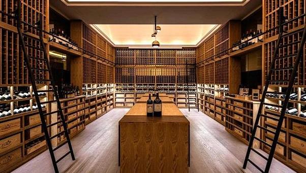 为什么高端的酒窖设计定制都选爱士图尔?