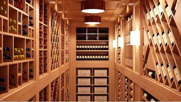 酒窖应该选怎样的酒架呢