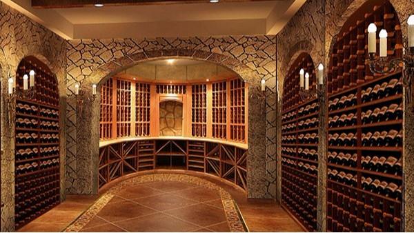 私家酒窖是专业配置与艺术设计合一的空间