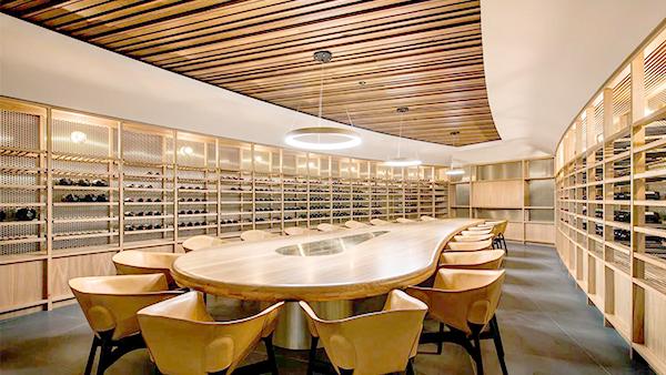 爱士图尔浅析定制红酒窖的设计要求有哪些?