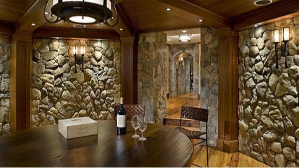 酒窖是一个能体现红酒文化的地方