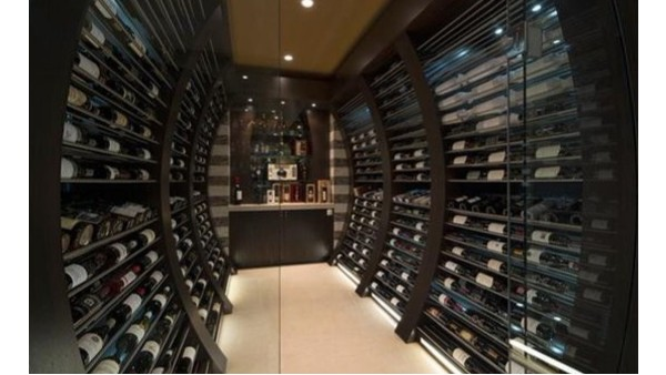 爱士图尔带大家欣赏一款酒窖设计