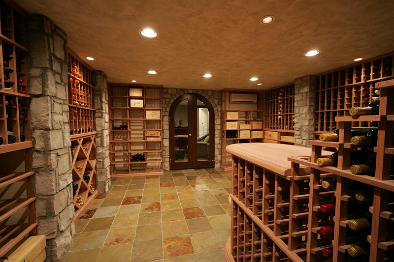 爱士图尔酒窖
